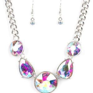 Paparazzi iridescent necklace